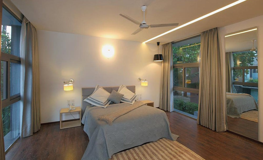 Luxurious Bedroom at Calem Grove