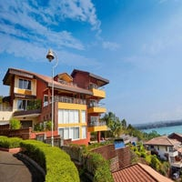 villa infini 5 bedroom beach facing luxury villa in Candolim Goa