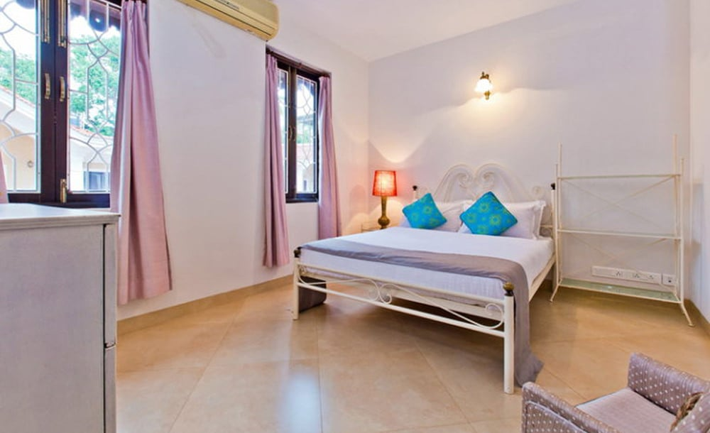 King Sized Beds Of villa Ruby